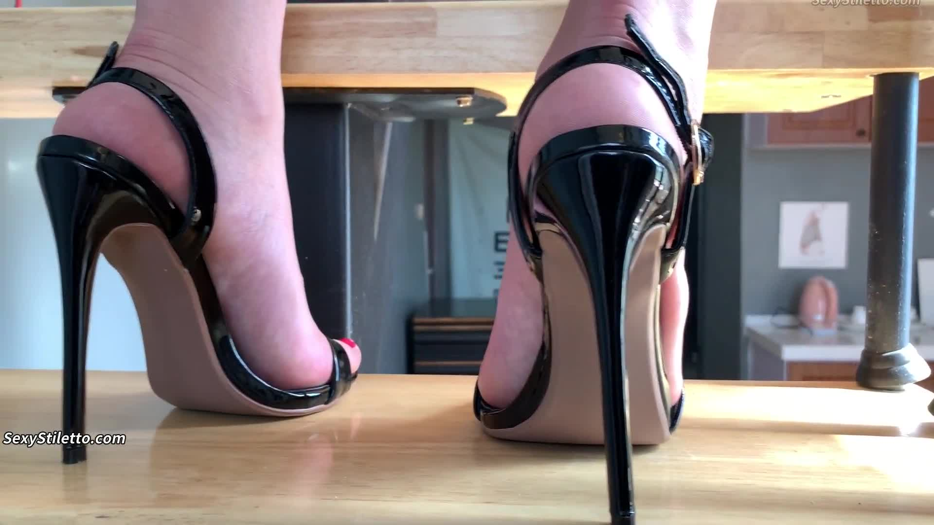 Sexy High Heels & Foot Fetish from ASIAN Part 226